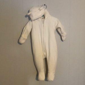Old Navy white fleece snow suit